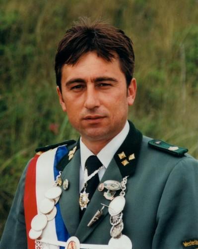 2000 - Senko Goletic
