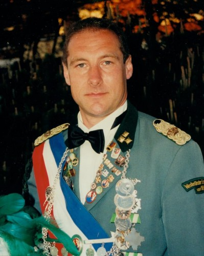 2001 - Stefan Petersen