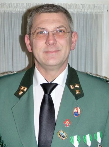 Thomas-Friede-Sadetzky, 1. Schatzmeister